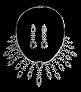 Picture of An attractive Edwardian pattern Diamonds and Emeralds Necklace set