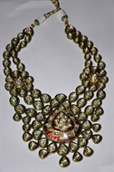 Picture of A very attractive Kundan Polki Necklace