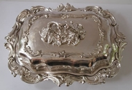Picture of An elaborately Decorated Entrée dish / Tureen