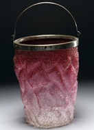 Picture of A fine ruby crackle glass ice-bin