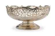 Picture of A silver bowl