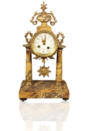Picture of A DECORATIVE VICTORIAN MANTLE CLOCK