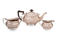 Picture of A THREE PIECE CONTINENTAL SILVER TEA & COFFEE SERVICE