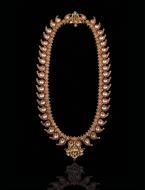 Picture of A MAGNIFICENT BURMESE RUBY AND FINE SAPPHIRE MANGAMALA (NECKLACE)
