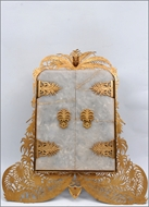 Picture of A very fine and decorative Gold Gilted Trophy Frame